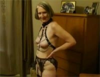 BDSM Oma alte Sklavin Masturbation Seniorensex Freivideo