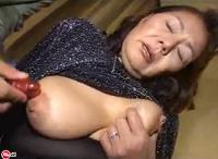 Geile asiatische Oma