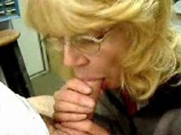 Rentnersex Oma beim Analsex und Blowjob