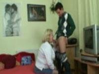 Richtig alte Frau ist bereit gefickt zu werden -