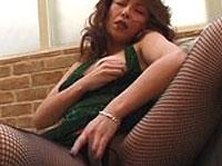 Reife Asia Braut besorgt es sich Solo