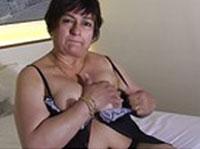 Heiße Granny im Selbstbefriedigung Porno