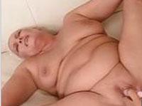 Fette Oma treibt es mit ihrem Mann