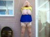 fette riesigen haengetitten masturbiert webcam