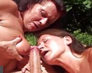 Gruppensex im heimischen Garten