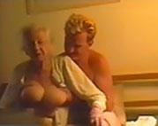 Pfleger fickt die geile Oma durch