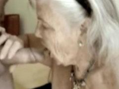 Oma trinkt gern Opas Sperma