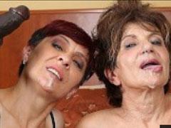 Bisexuelle Omas mit ihren schwarzen Stechern