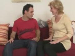 Tscheche fickt eine Oma nach der anderen