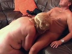 Nackte fette Frau im deutschen Oma Porno