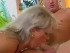 Geiler neuer Omi Porno