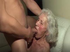 Pornos oma Oma Pornos