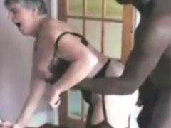 Geile Sex Orgie mit reifen Frauen