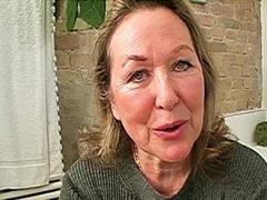 Oma Webcamsex mit notgeiler alter Schlampe