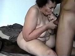 Geiler Oma Ebonyporno mit dicker schwarzer Fotze